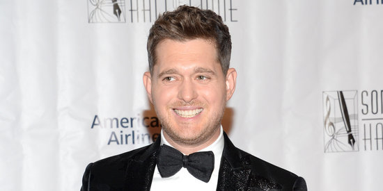 People Can't Get Over This Photo Of Michael Bublé Incorrectly Eating Corn