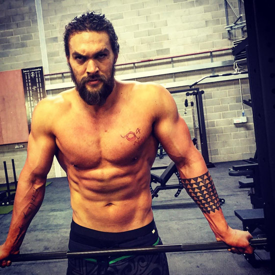 Jason Momoa Pink: Pink's Ab Workout Routine