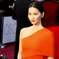 Olivia Munn believes every girl should freeze her eggs