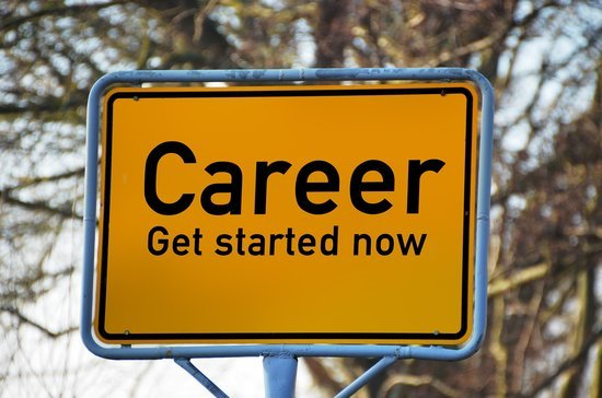 7 Things to Consider When Making a Career Change