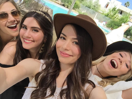 Carly and Sam Forever! Miranda Cosgrove and Jennette McCurdy Had an iCarly Reunion at Coachella
