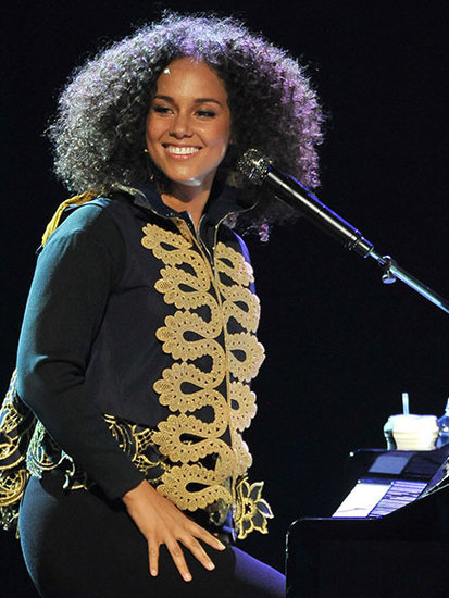 Alicia Keys Is Back! Singer Performs New Song 'Hallelujah' and Announces Upcoming BET Awards Performance