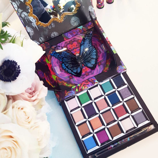 Here's What The Urban Decay Alice In Wonderland Eye Shadow Palette Actually Looks Like