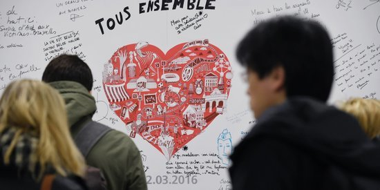Brussels Metro Station Debuts Remembrance Wall After Terrorist Attacks