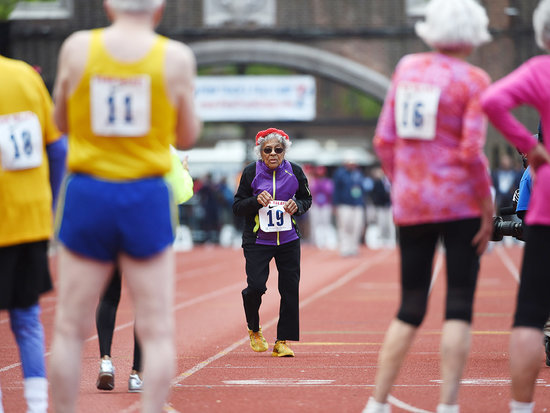 100-Year-Old Woman Sets World Racing Record, Celebrates By Doing Pushups