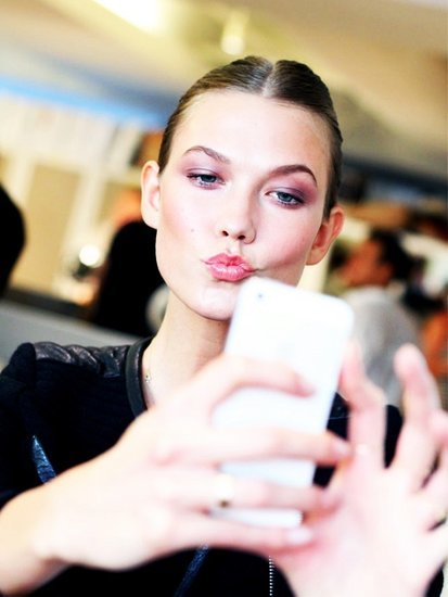 How Much Makeup Do You Need for a Likable Selfie?