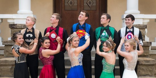 This Superhero Prom Picture Is Goals AF