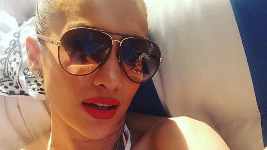 Jennifer Lopez Flaunts Bikini Bod, Teases 'Ain't Your Mama' Music Video
