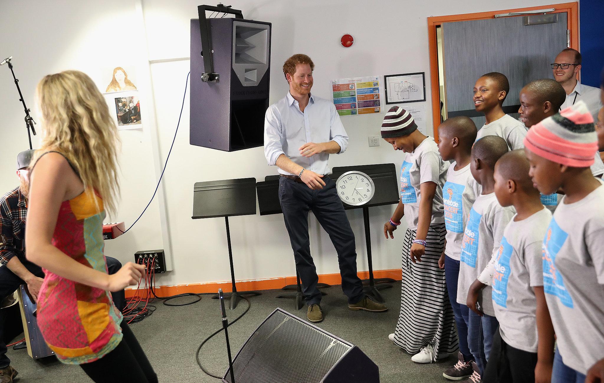Prince-Harry-Joss-Stone-Children-Choir-June-2016.jpg