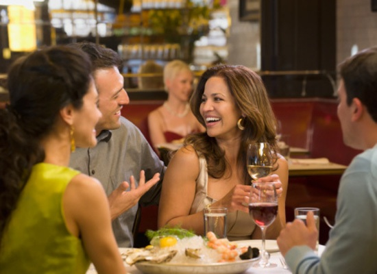 Poll: Are You More Likely to Eat Out During the Week or on Weekends?