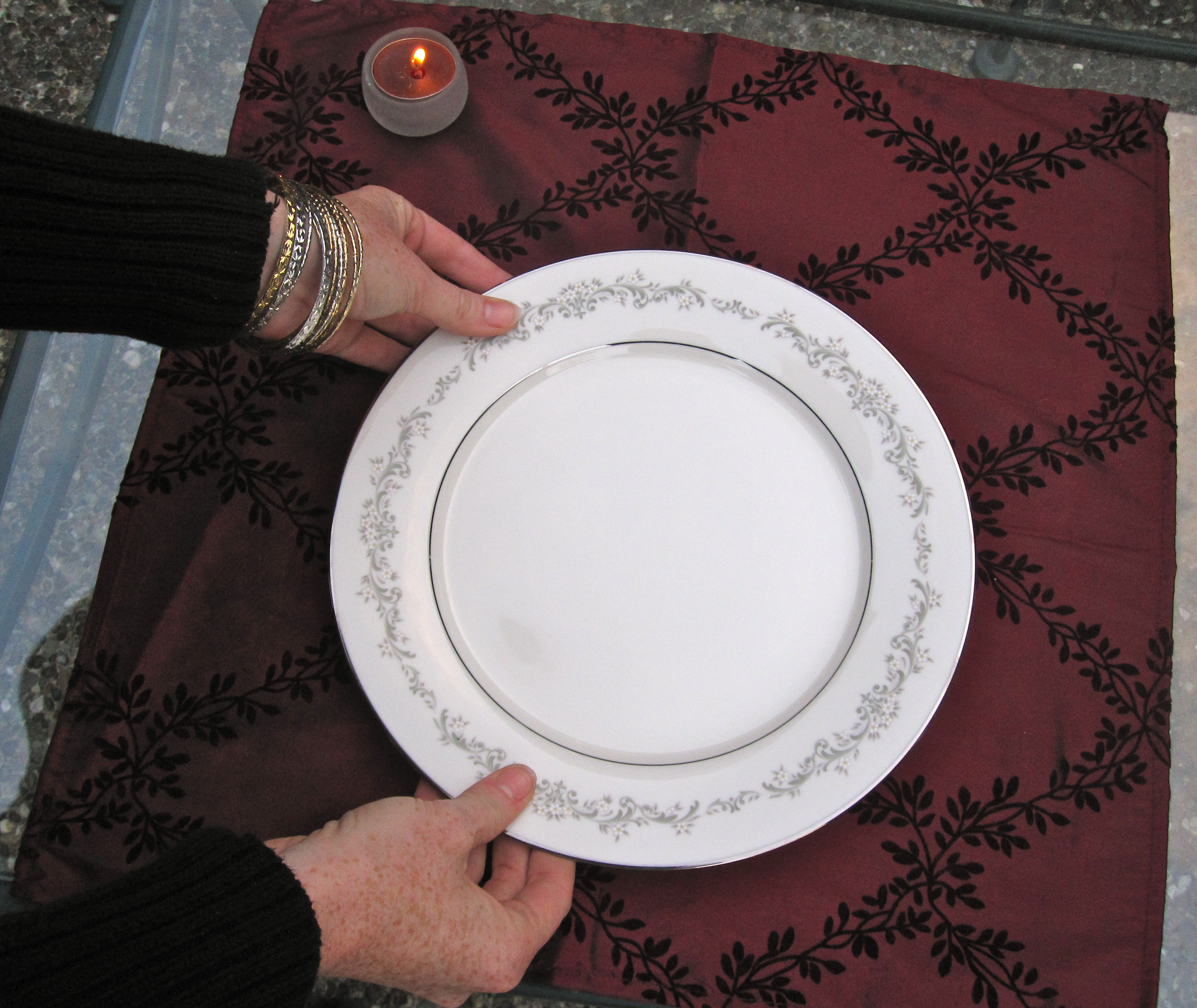 Center your dinner plate.