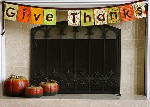 Do You Hang a Thanksgiving Banner?