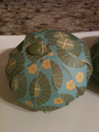 The 12th DIY of Christmas: Paper Bulb Ornaments