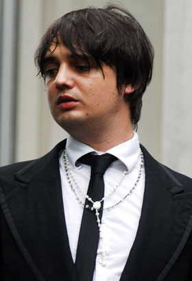 Photo of Pete Doherty Who Was Arrested Moments After Being Convicted For Drink Driving Offences 2009-12-22 00:56:03