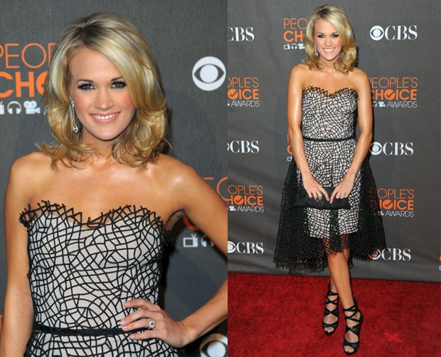 Carrie Underwood in Christian Cota at 2010 People's Choice Awards 2010-01-06 17:29:05