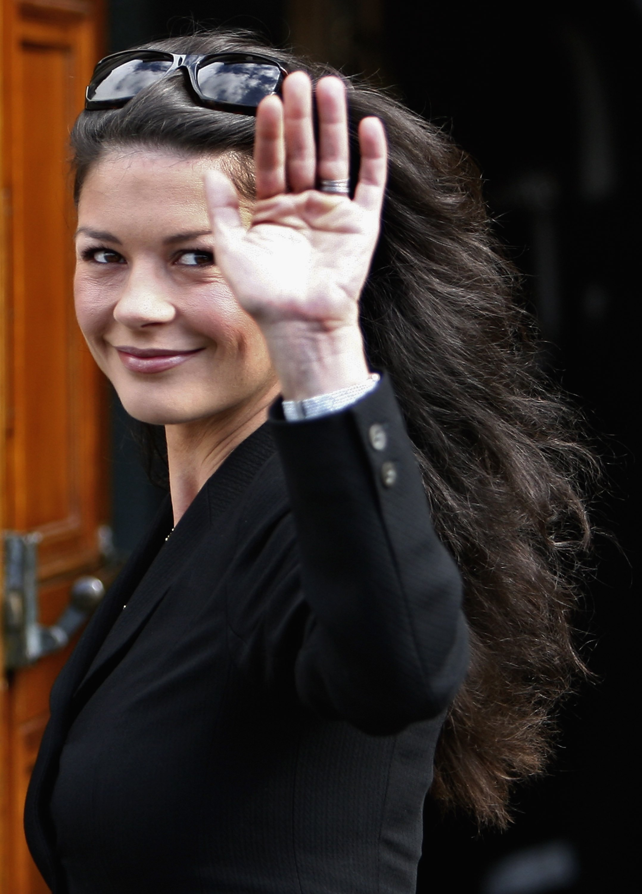 04100_Catherine_Zeta_Jones_Michael_Douglas_Honorary_Degree_Presentation_10