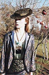 Raquel Poses, Picks Pomegranates for Marc Jacobs Spring 2009