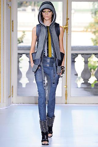 50 Favorite Looks: Paris Fashion Week Spring 2010