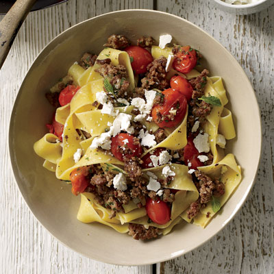 Fast & Easy Recipe For Pasta With Lamb And Tomato Ragu