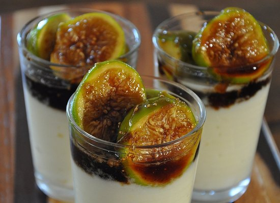 Balsmic Carmelized Figs with Ricotta Mousse