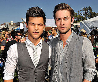 Slide Photo of Chace Crawford and Taylor Lautner at the Teen Choice Awards