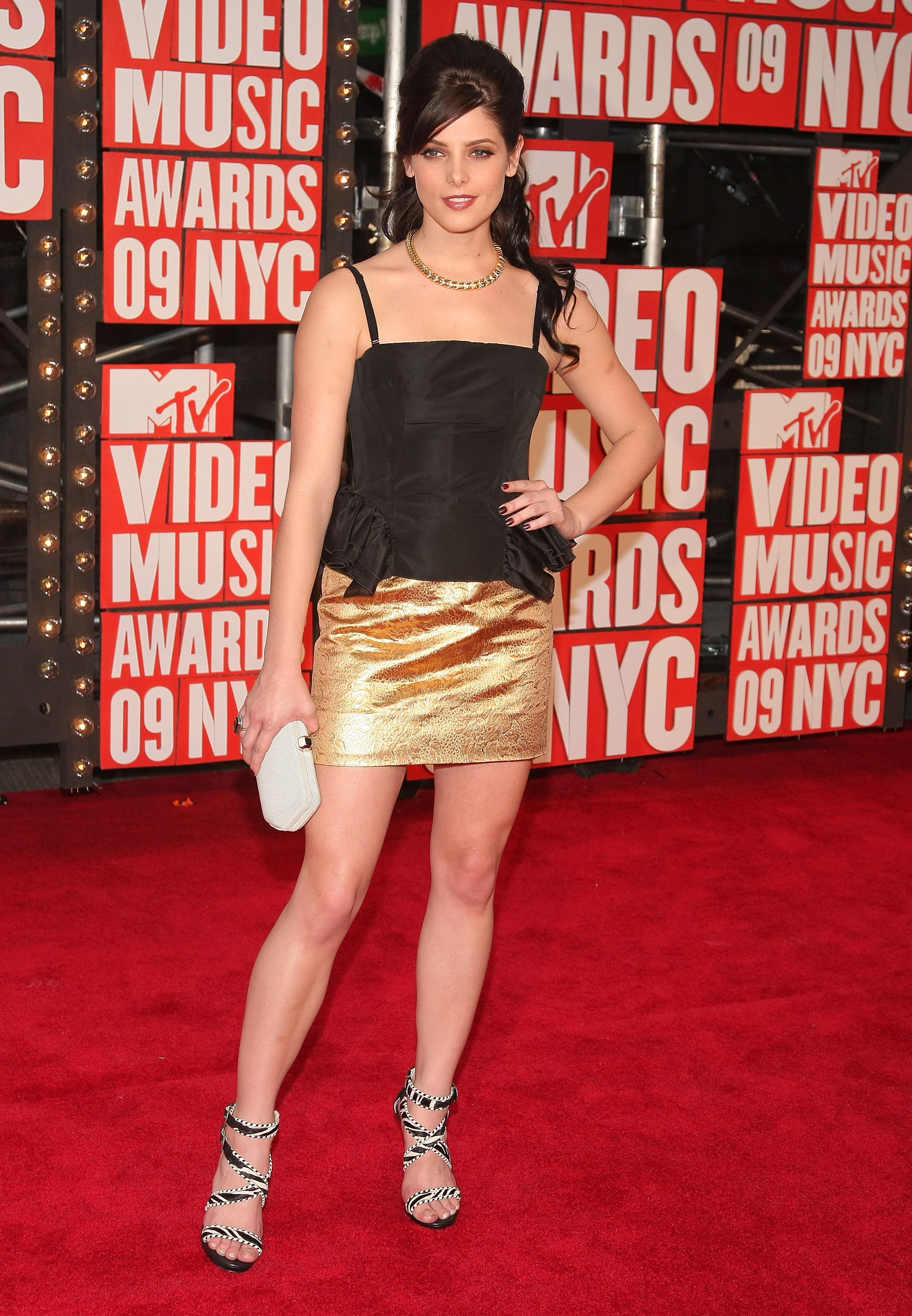 Photos of Ashley Green at 2009 MTV VMAs | POPSUGAR Celebrity Joey King Wish I Was Here