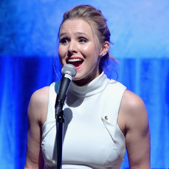 "Kristen Bell Singing ""Do You Want to Build a Snowman"" Live"