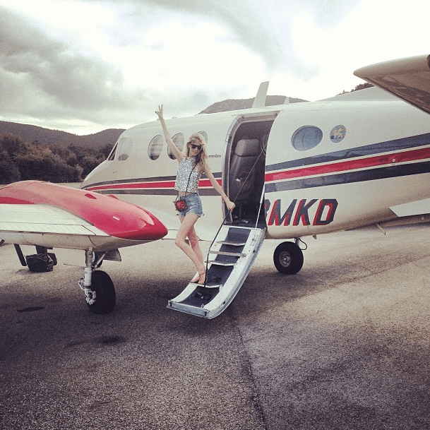 And she's off! After a busy few days, Poppy Delevingne hopped a jet to tranquility. Source: Instagram user poppydelevingne