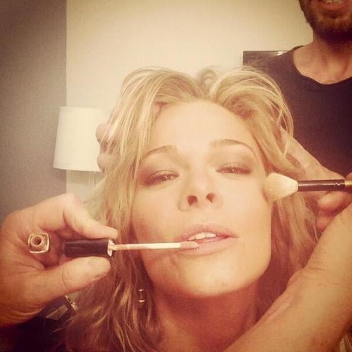LeAnn Rimes snapped a photo in the hair and makeup chair. Source: Twitter user leannrimes