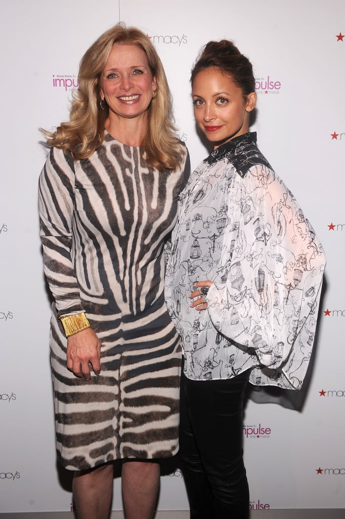 Nicole Richie and Martine Reardon posed for the camera.