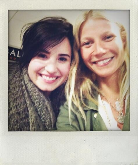 When Gwyneth Paltrow saw Demi Lovato on her flight in 2013, she just had to take a selfie.