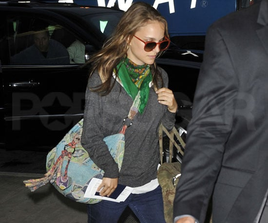 Slide Picture of Natalie Portman at LAX