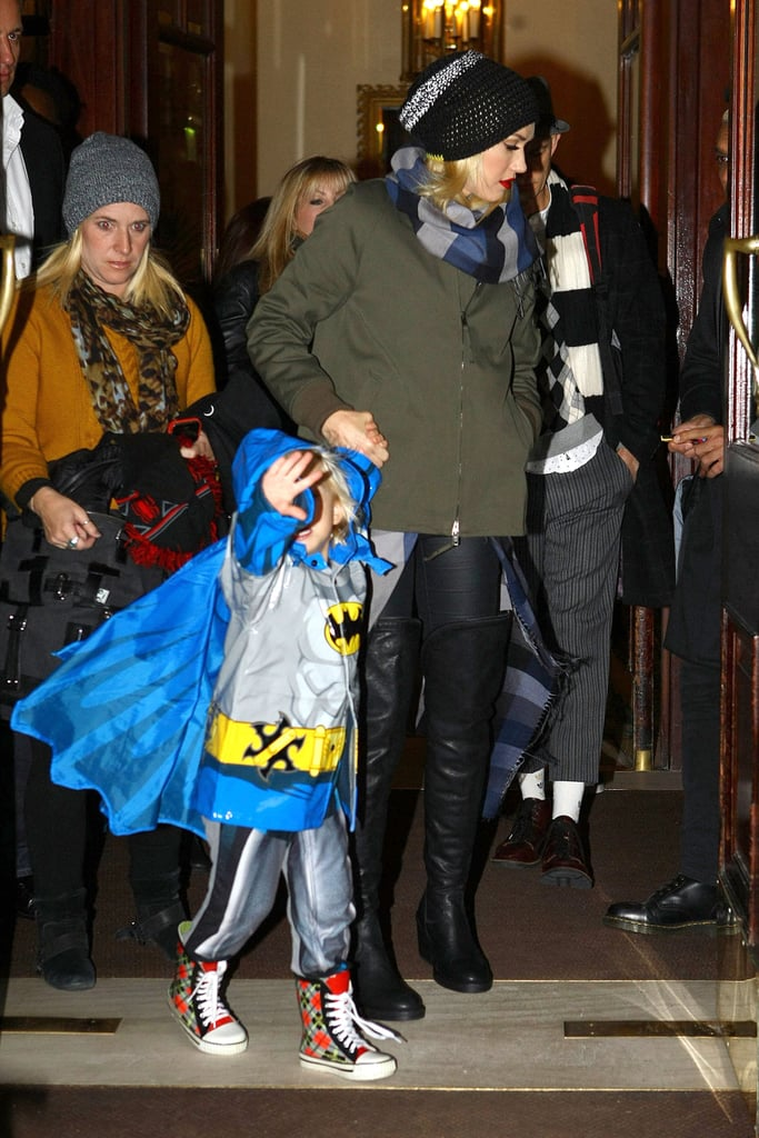 Gwen Stefani and Zuma Rossdale walked holding hands.