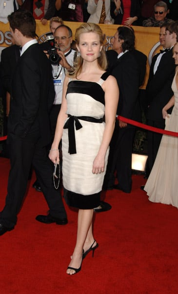 Reese Witherspoon at the 2006 SAG Awards