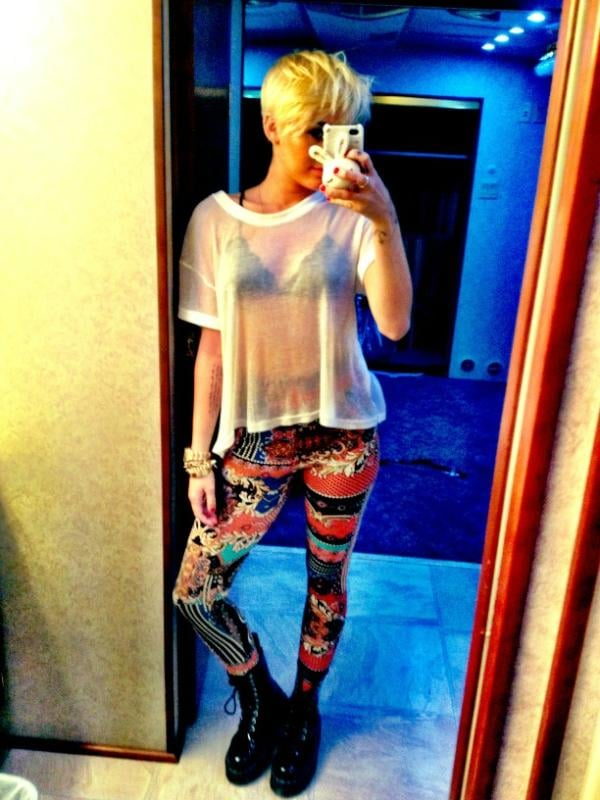 Miley Cyrus showed off her new haircut and a bright pair of pants. Source: Twitter user MileyCyrus