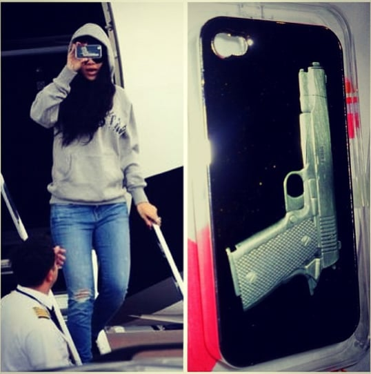Rihanna started using a phone case a fan bought her!