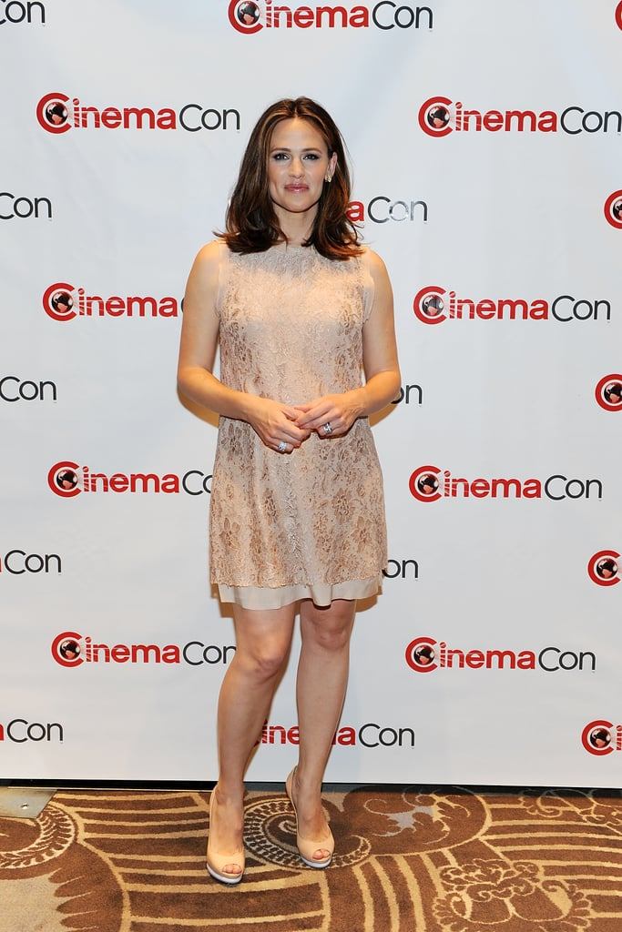 Jennifer Garner showed off her post-baby body at CinemaCon in Las Vegas.