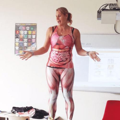 Teacher Strips to Teach Kids Biology