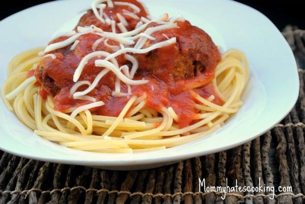 Slow-Cooker Turkey Meatballs With Spaghetti
