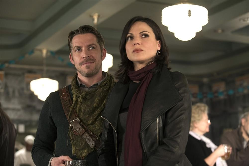 Robin Hood (Sean Maguire) and Regina (Lana Parrilla) on Once Upon a Time.