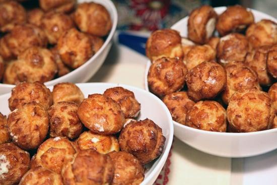 La Boulange's Mousse-Filled Cream Puffs
