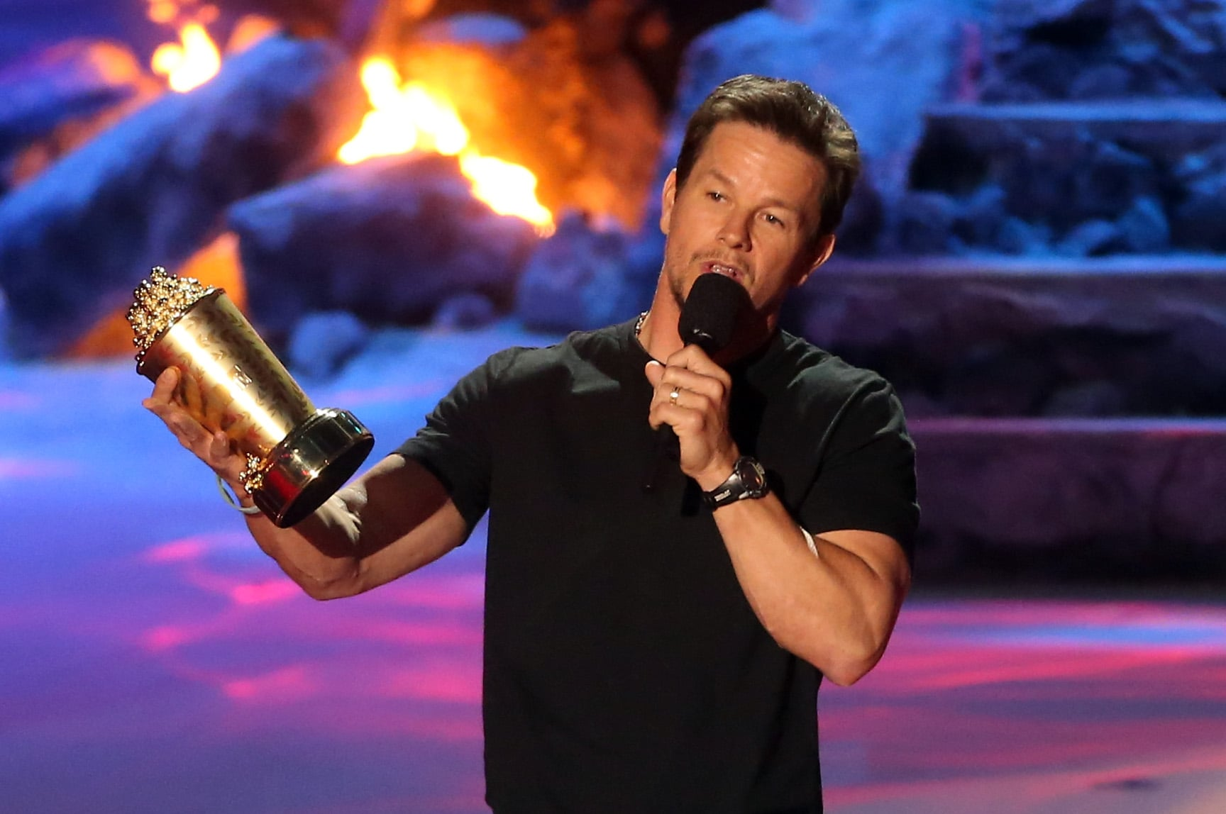 Mark Wahlberg's All-Over-the-Place Acceptance Speech