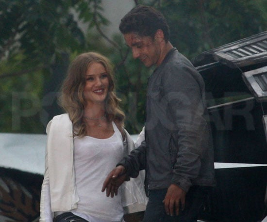 Slide Picture of Shia LaBeouf and Rosie Huntington-Whiteley Filming Transformers 3 2010-09-24 14:30:00