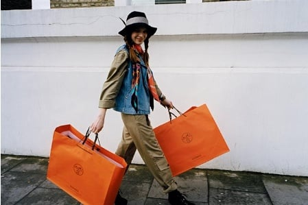 Linktime: Hermes Launch Street Style Blog