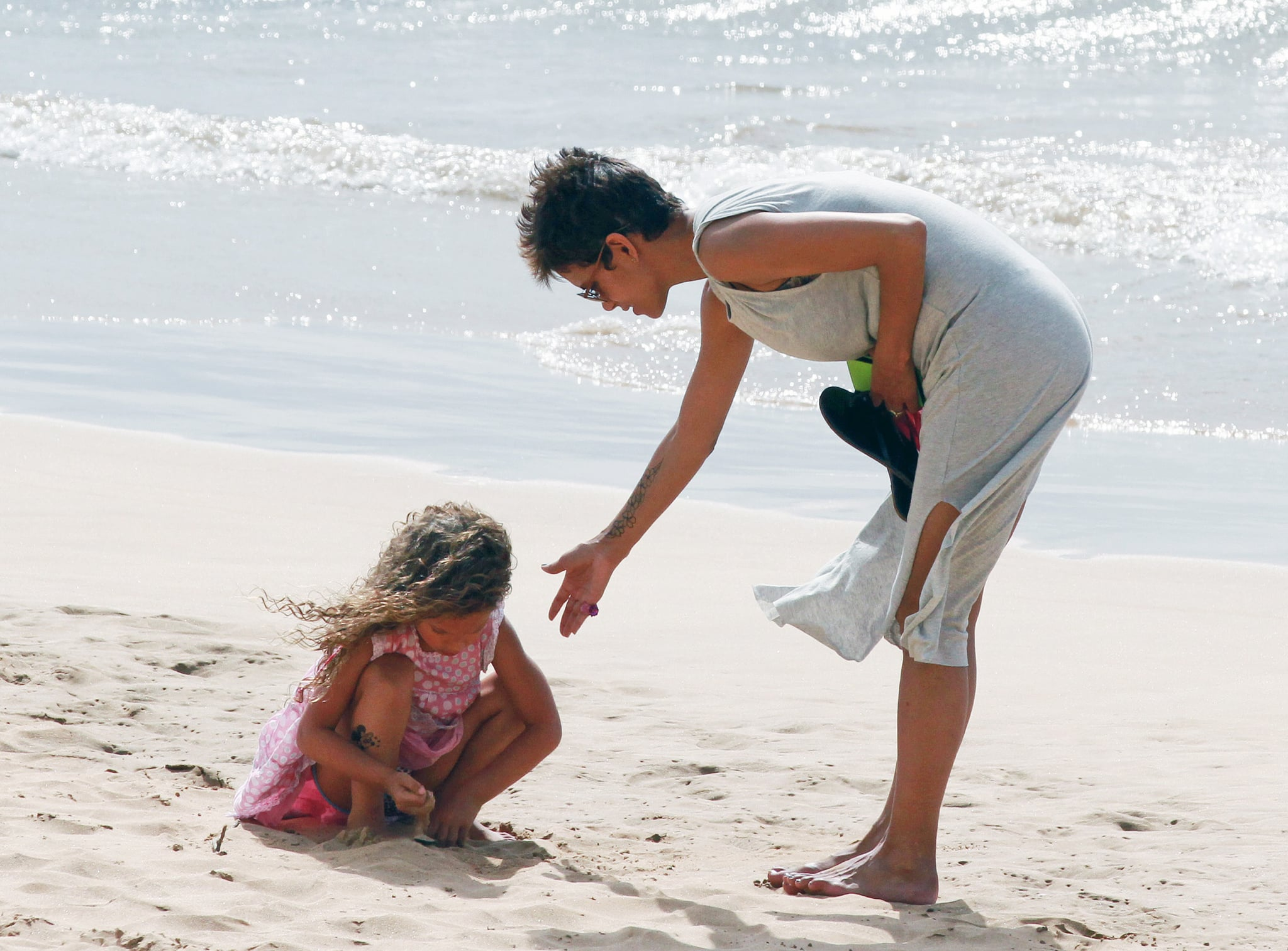 Halle and Nahla Sport Fake Tattoos For Beach Fun With Olivier