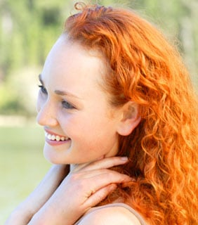 An Easy Hairstyle For Curly Hair