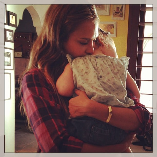 Jessica Alba shared a sweet cuddle with her younger daughter, Haven Warren. Source: Instagram user jessicaalba