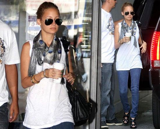 Nicole's Starbucks, Scarf, Skinny Jeans and Progress at School