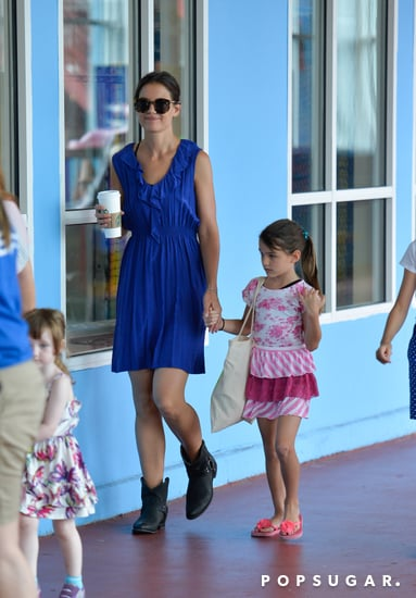 Katie Holmes wore a blue dress for a playdate with Suri Cruise.