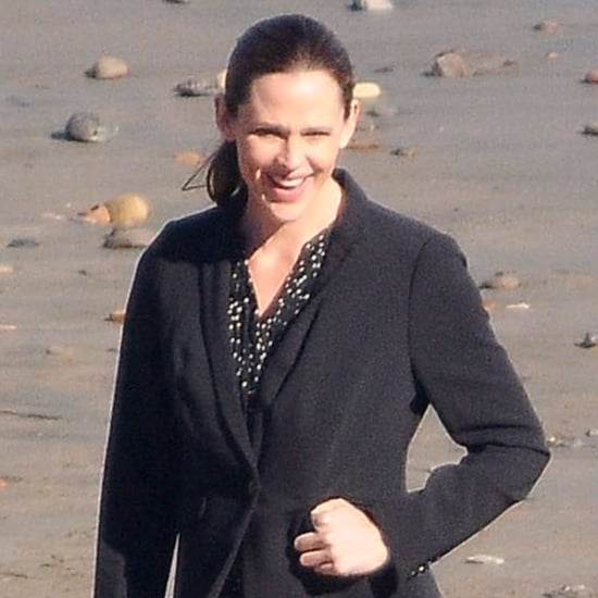 Jennifer Garner on Set of The Tribes of Palos Verdes